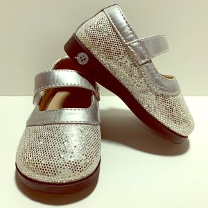 Sneak a' Roos Silver Sparkle Squeaker Mary Jane